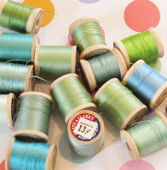 Blue Green Dream..Beautiful Vintage Thread Spools