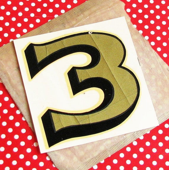 Gimme a Three..Aged Vintage Number Decal