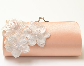 Shabby Chic Peach Clutch - Bridal Clutch Bridesmaid Clutch - Kisslock Snap Petite Bouquet Clutch -  Shabby Clutch - Ivory Velvet Flowers
