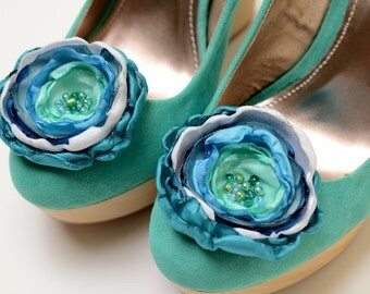 Bridesmaid Bridal Shoe Clips in Blue Teal Seafoam Aqua White - Something Blue Shoe Clips