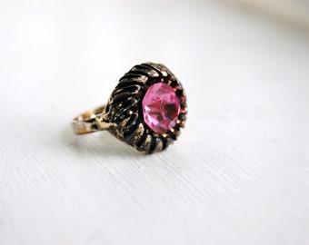Vintage 1950s Mid Century Pink Rhinestone Ring