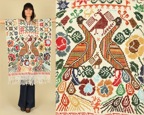 ViNtAgE 60's Peacock Mexican Embroidered NeedlePoint Poncho Cape Sweater
