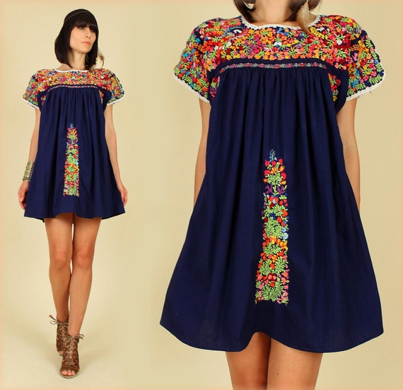 ViNtAgE 70's Oaxacan  Navy Blue Rainbow Mexican Embroidered Floral MiNi Dress Tunic