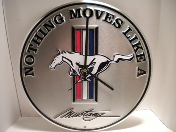 Ford Mustang Clock