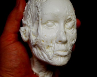 WALKING DEAD Head Girl (Unpainted)