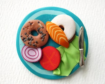 Bagel with Cream Cheese and Lox brooch