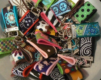 SUPER SALE WHOLESALE lot 25 Mini Key Fobs