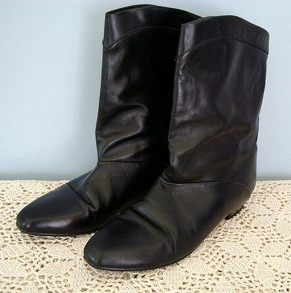 vintage 80s mid calf black leather flat boots