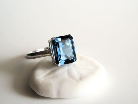 London Blue topaz and sterling silver ring Made to order  - Makai Rectangle