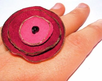 Recycled Leather Poppy Ring in Crimson and Honeysuckle Pink
