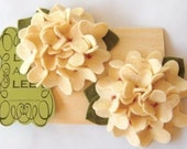 Black Friday sale, Felt flower headband - Cream hydrangeas clips with hand sew center