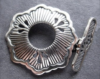 Southwest Daisy - Solid Sterling Silver clasp - 29mm