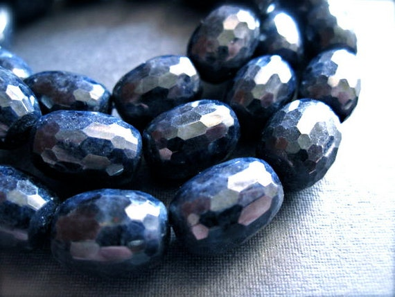 Blue Sapphire Multi Faceted Barrel Beads - natural precious gemstone - 5 beads - 13mm X 9mm