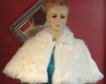 Ivory Bridal Capelet,Faux Fur Caplet,Bridal Cover Up,Wedding Cape,Bridal Shawl