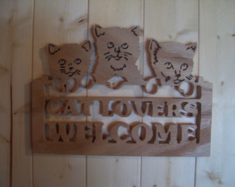 Trio of Kittens in Mittens Welcome Sign