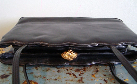Vintage black leather lady purse