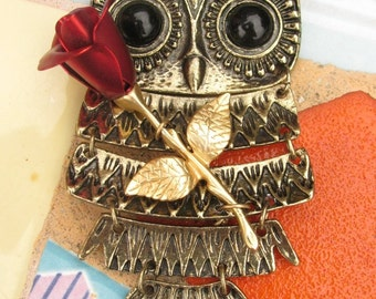 Mrs. Owl Gets Rose for Honorable Mention - Vintage Style Owl Necklace