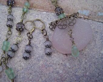 Pink Chalcedony Quartz Drusy Filigree Pendant, Wire Wrapped Necklace with Swarovski, Rose Quartz Set