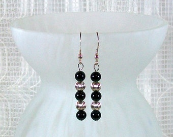 Black Onyx Earrings / Silver Dangle Earrings / Sterling Silver Beaded Earrings / Black Dangle Earrings / Handmade Earrings