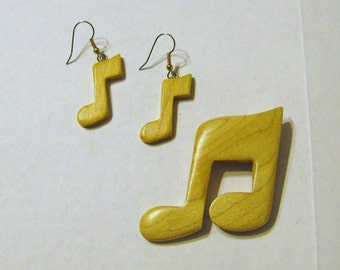 Musical Note Earrings And Pin Set Made Of Maple Wood