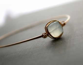 Aquamarine Gold Bracelet , Bezel Wrapped Style , 14K Gold Filled Stackable Bangle , Minimalist Fashion