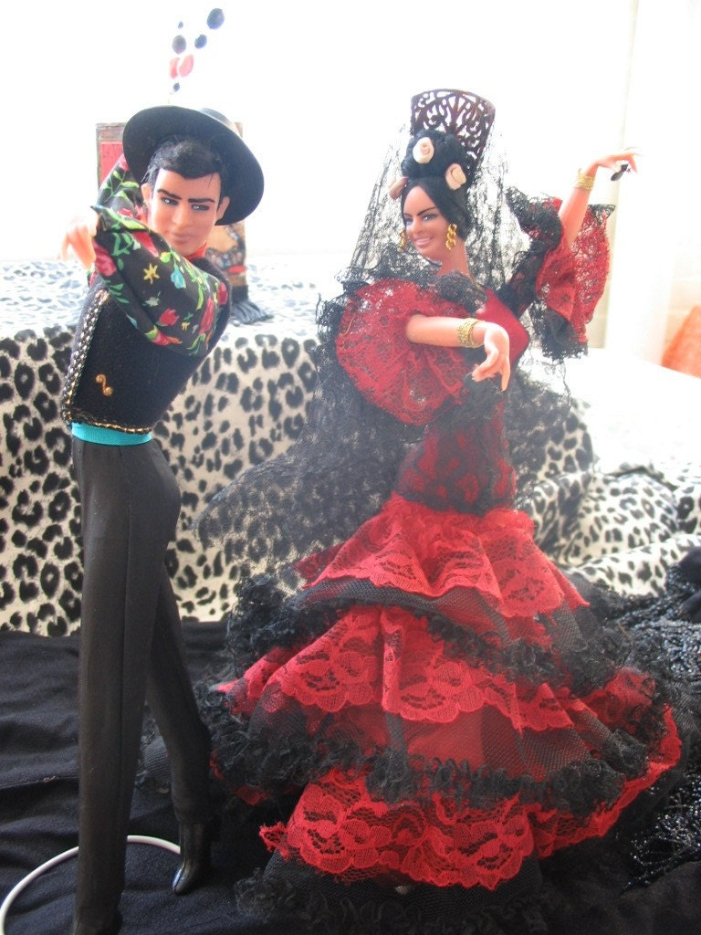 spanish flamenco dancer dolls pairs