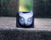 Whoo owl ring ghost grey and nocturnal black
