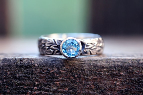 Swiss blue topaz etched floral ring sterling silver No.2