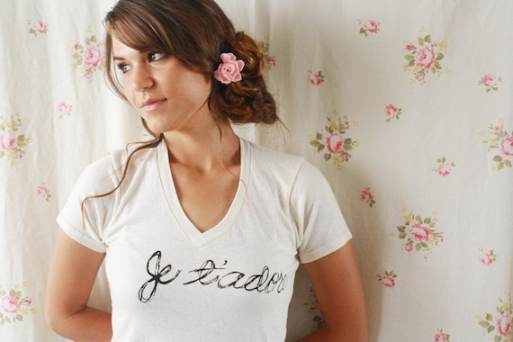 SALE Je T'Adore. French Love Quote Eco-Friendly Unisex T Shirt in  Small