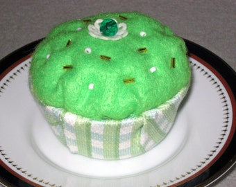 Green Cupcake Pincushion, Felt Pin Cushion, Beaded Pincushion, Seamstress Gift,