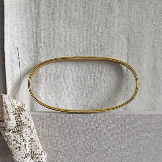Vintage Embroidery Hoop : Oval, Metal, Mustard, Antique Hoop