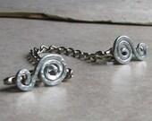 Silver Swirl Sweater Clip metal chain aluminum wire retro cardigan pin shawl clips collar