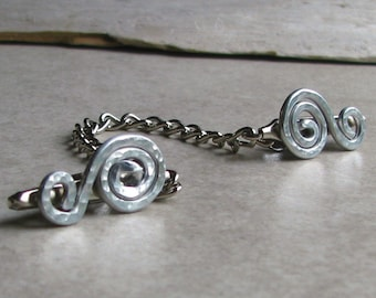 Silver Swirl Sweater Clip metal chain aluminum wire retro cardigan pin shawl clips collar