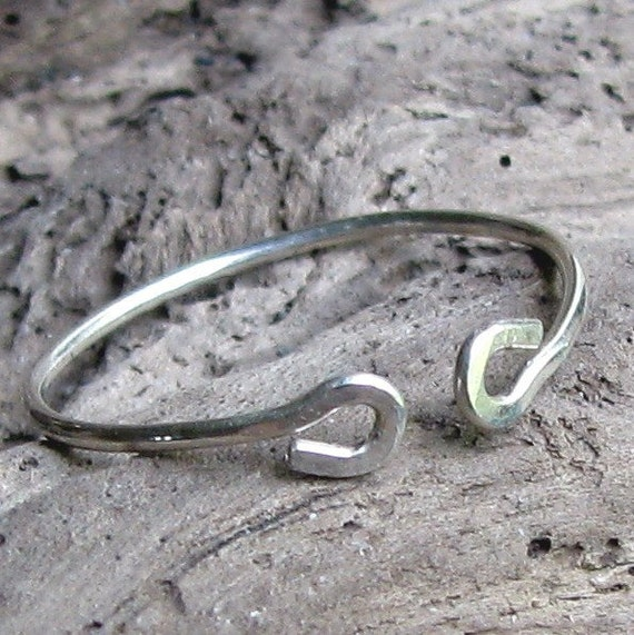 Simple Sterling Silver Ring Opposites Attract Finger or Toe Ring Gift Boxed