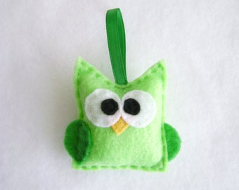 Owl Ornament, Christmas Ornament, Harry the Lime Green Owl - Made to Order, Felt Animal, Bird Ornament
