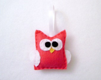 Owl Ornament , Lola the Hot Pink Baby Owl - Made to Order, Christmas Ornament, Nursery Decoration