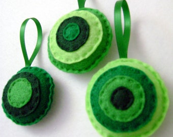 Felt Holiday Ornament Set - Evergreen Christmas Dots - Hand Stitched Accent Decor