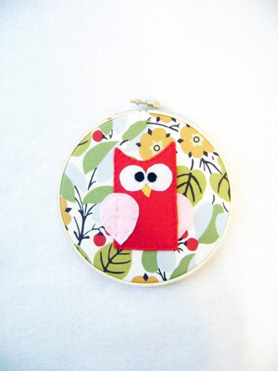 Fabric Wall Art - Embroidery Hoop - Bess the Red Owl