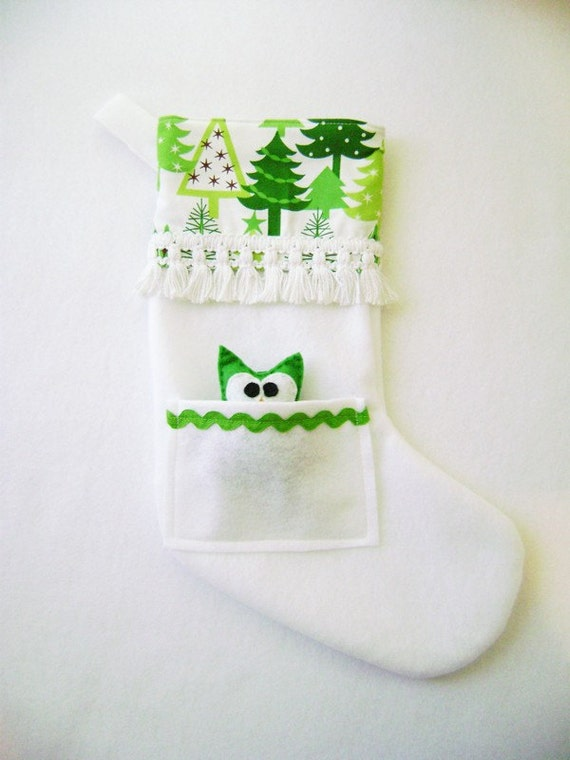 Pocket Peeper Holiday Stocking - Snowy Forest