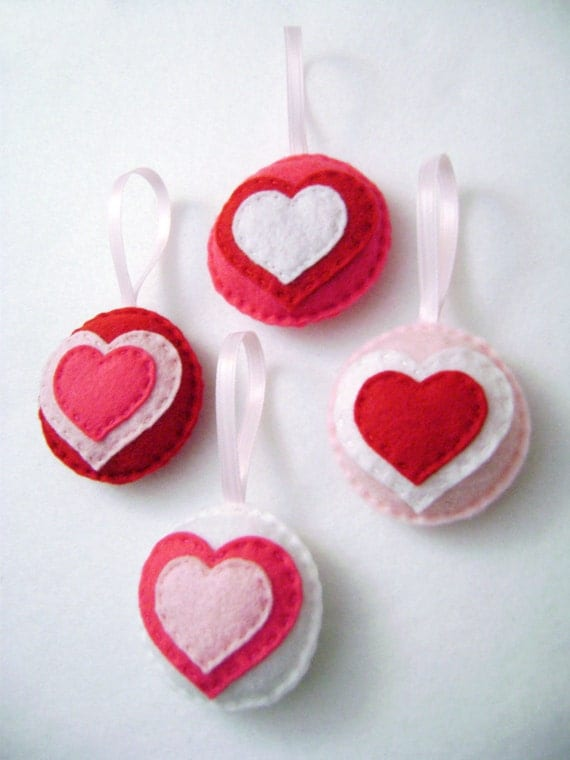 Heart Ornament, Valentines Ornament Set, Hearts, Holiday Hearts - Made to Order, Wedding Decoration