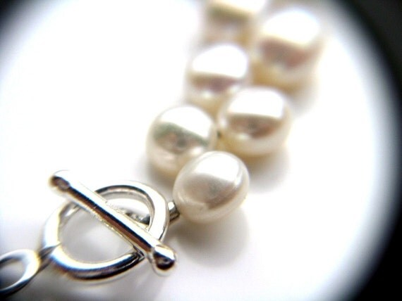White Freshwater Pearl Bracelet . June Birthstone Jewelry . White Bracelet . White Pearl Bracelet . White Beaded Bracelet - Decca Collection