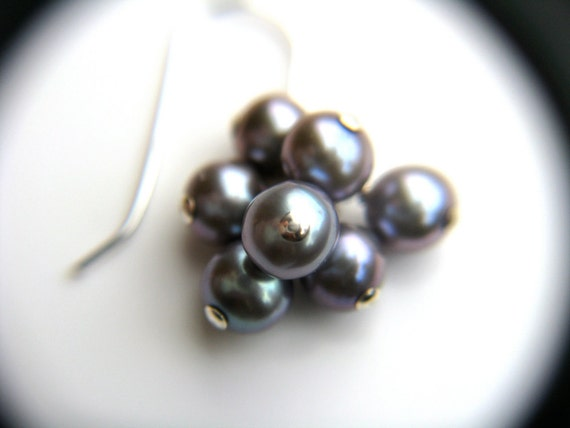 Bridesmaid Jewelry . Smoke Gray Pearl Cluster Dangle Earrings . Sterling Silver Chain . Pewter Freshwater Pearl - Silver Screen Collection