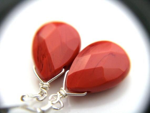 50% OFF SALE - Pink Drop Earrings . Dark Pink Teardrop Earrings . Pink Dangle Earrings . Silver Sterling Wire Wrapped Earrings - Clair