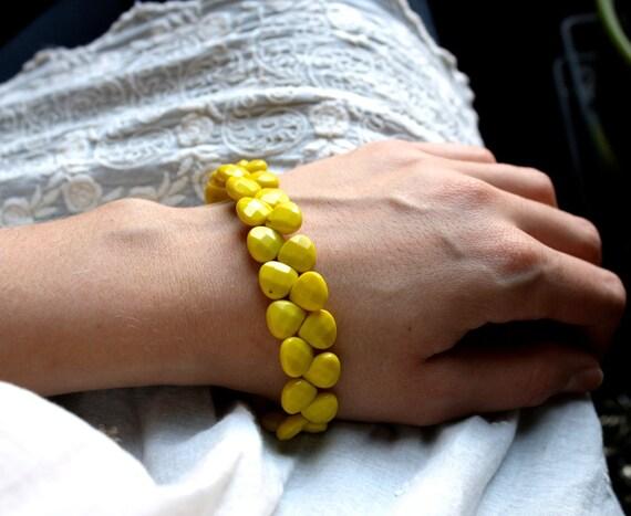 Neon Yellow Bracelet . Neon Yellow Quartz Teardrop Cuff . Sterling Silver . Toggle Clasp . Yellow Bracelet - Bz Collection