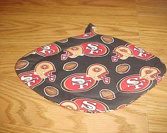 San Francisco, 49ers Quilted Pot Holders, Potholders Hot Pads, Trivet Fabric, Football Shaped, Kitchen Decor, Double Insulated, Hostess Gift