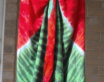 Sarong Pareo Tie Dyed in Watermelon
