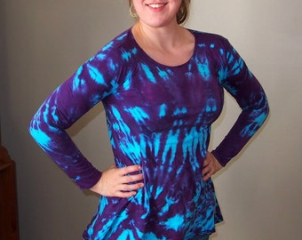 Tunic with Long Sleeves and Asymmetric hem Tie Dyed in Turquoise and Purple