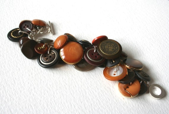 Vintage Button Bracelet Classic 1970s Browns and Oranges