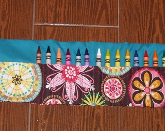 Carnival bloom crayon roll