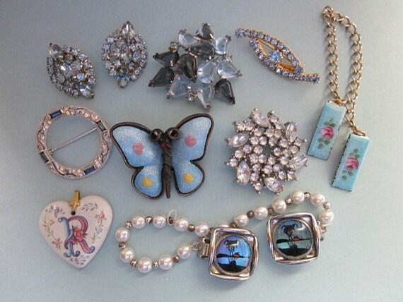 DeStash Vintage Jewelry blues
